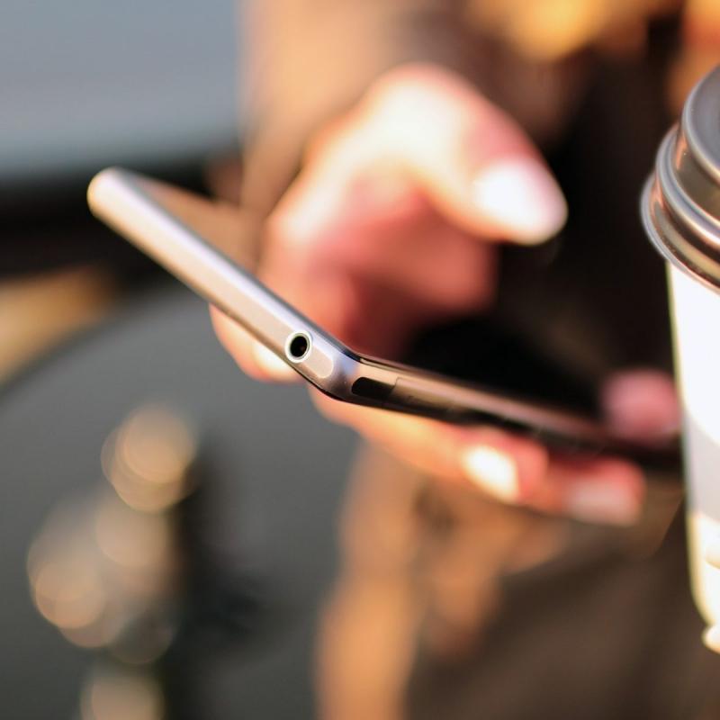 Competitors, phone, social media